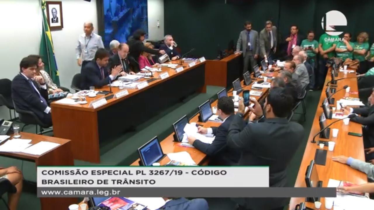 Projeto de Lei 3267/19 é aprovado na Câmara dos Deputados; leia texto aprovado